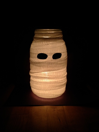 Mason Jar Mummy
