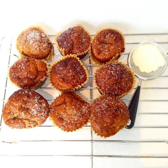 """<img src=""""pumpkin-muffins.jpg"""" alt=""""Pumpkin Muffins"""" />"""