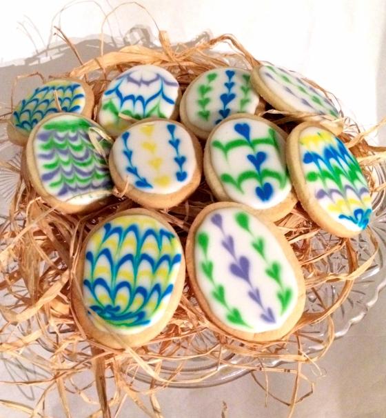 "<img src=""easter--egg-cookies-.jpg"" alt=""easter-egg-cookies"" />"